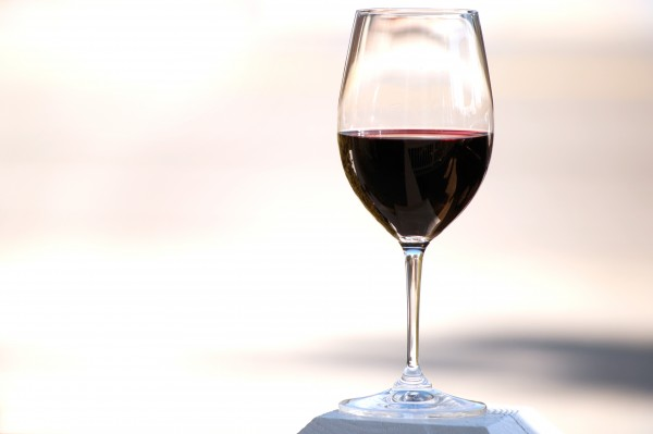How a little alcohol could help 'clean' the brain