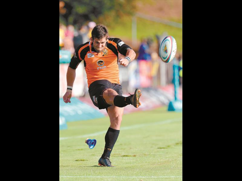 POINTS MACHINE. UJ fullback Kobus de Kock scored 23 points in his side's 33-22 win against Pretoria Police in the Predator Cup at the weekend. Picture: Gallo Images