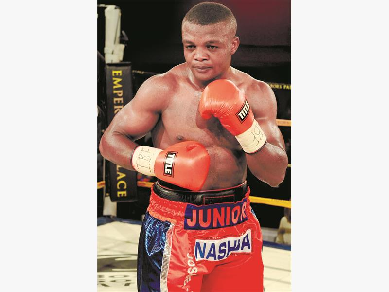 HUNGRY. Illunga Makabu, above, will defend his WBC silver cruiserweight title against American Eric Fields at Emperors Palace next month. Picture: Gallo Images