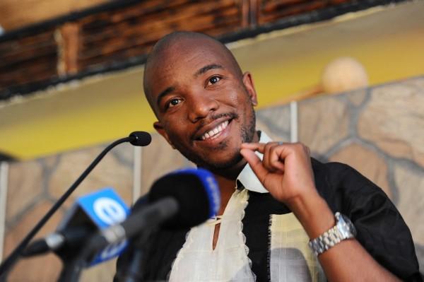 Zuma cows eat KFC – Maimane