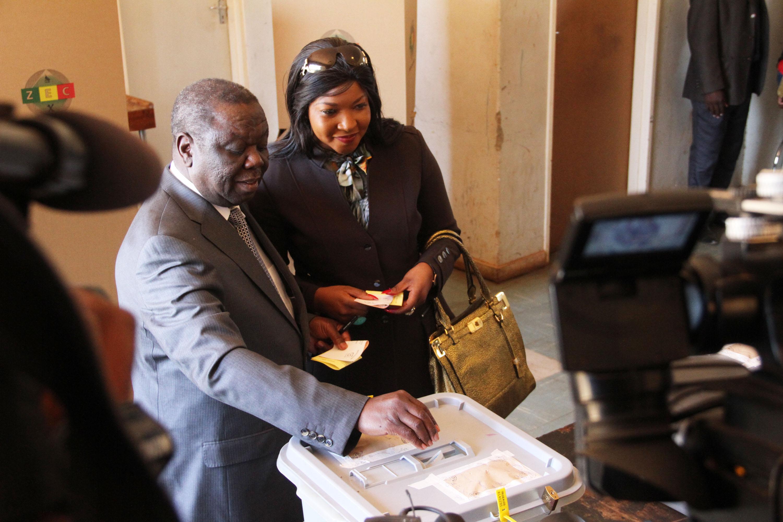 FILE PICTURE: Prime Minister Morgan Tsvangirai drops his ballot at Mount Pleasant High School polling station. Photo: Anne Mpalume
