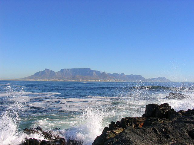 FILE PICTURE: A view of Cape Town from Robben Island. Image courtesy Wikimedia Commons (Matthias Kniese)
