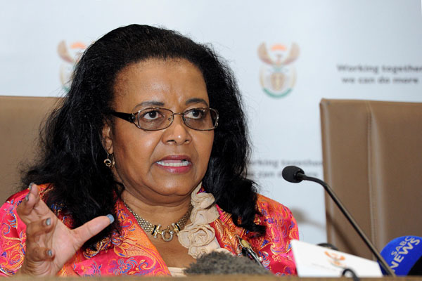 Water and Environmental Affairs Minister Edna Molewa announcing a decision regarding fracking in the Karoo as it pertains to water.