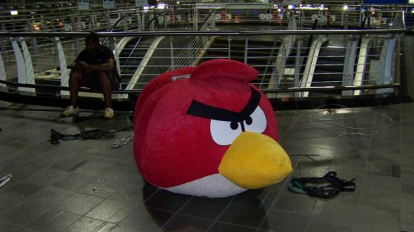 rAge-2012-Angry-Birds-plushie-600x337