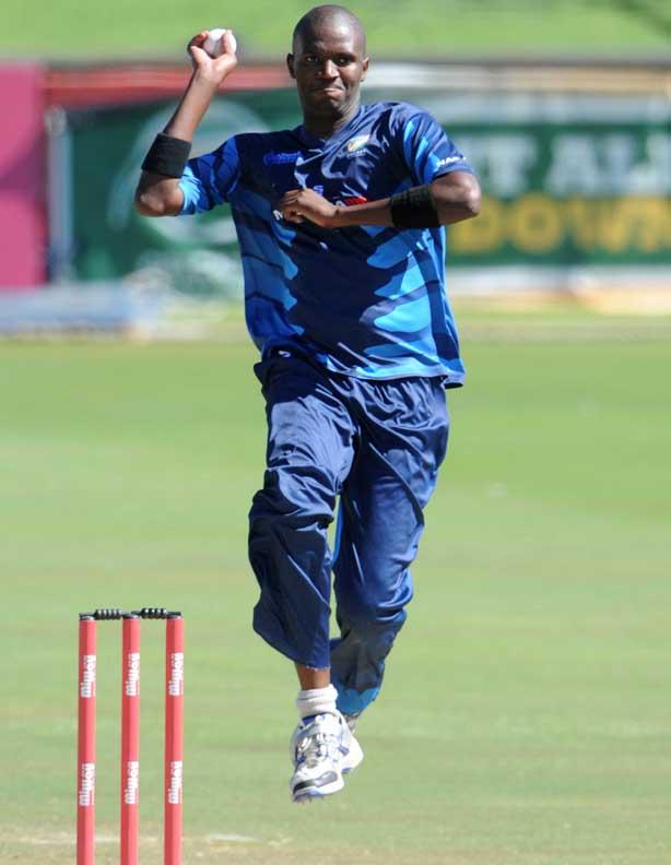 Mbhalati puts Titans in total control