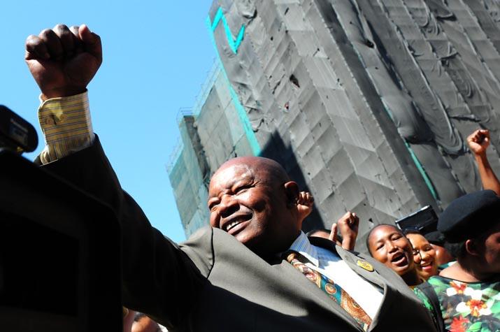 Lekota defends Malema's civil war talk