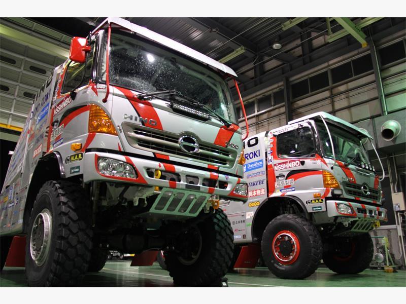 Hino to again tackle 2014 Dakar Rally with two trucks