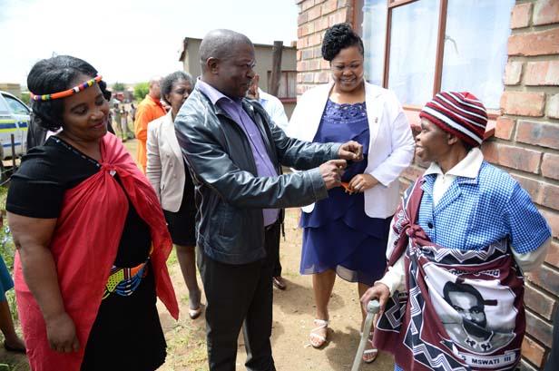 FILE PICTURE: Transport Deputy Minister Cindy Chikunga, Mpumalanga Premier David Mabuza, Public Works Roads and Transport MEC Dikeledi Mahlangu. Picture: supplied