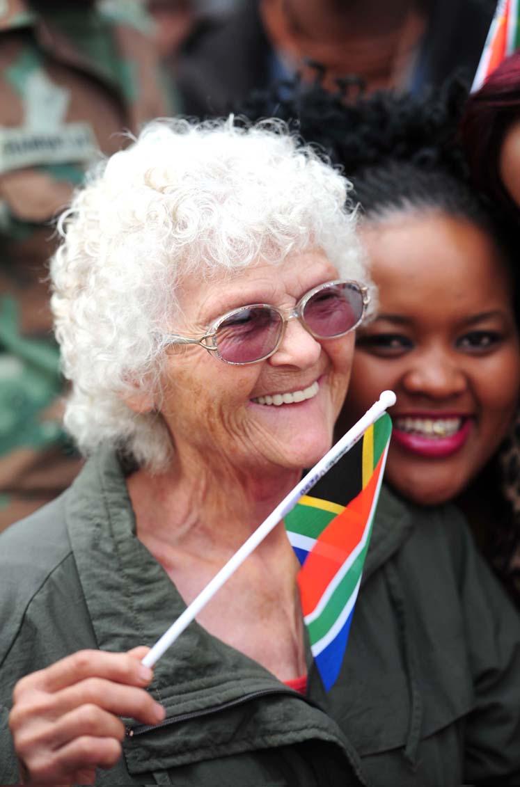 Waiting to see Mandela