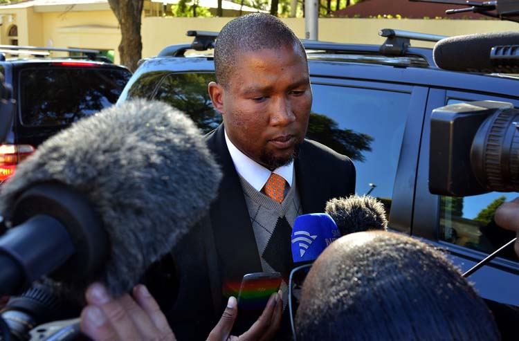 FILE PICTURE: Mandla Mandela, one of  the grand sons of the late former president Nelson Mandela. AFP PHOTO / MUJAHID SAFODIEN