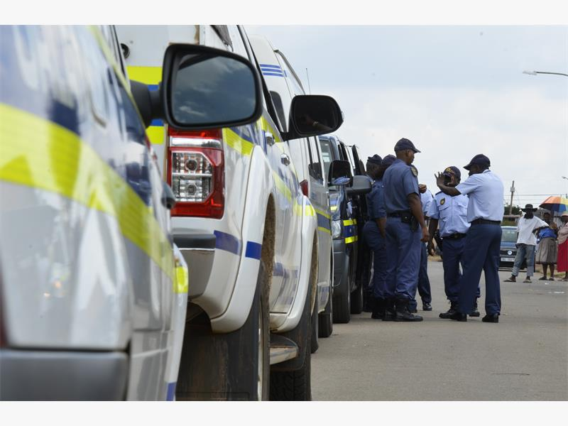 FILE PICTURE: SA Police Service members. Picture: Alaister Russell