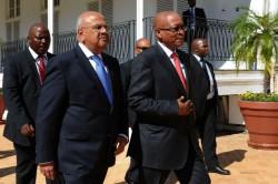 Business leaders slam Zuma over Gordhan, Hawks