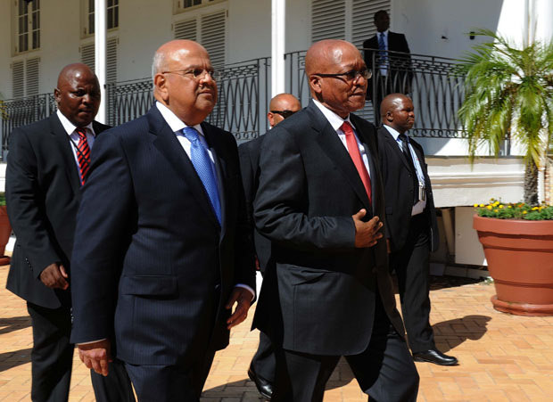 FILE PICTURE: Finance Minister Pravin Gordhan and President Jacob Zuma. Picture: GCIS.