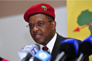 Buti Manamela is releasing gas, says EFF's Mpofu