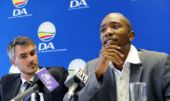 file picture: [From L] Tim Harris, DA shadow minister of Finance and Mmusi Maimane, DA national spokesperson briefing media at Braamfontein, . Picture Nigel Sibanda