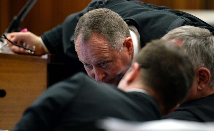 Ten-day deadline for Pistorius' lawyers