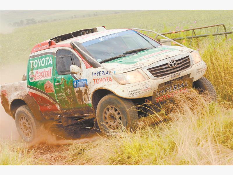 OFF TO A FLIER. Anthony Taylor and Dennis Murphy led the Castrol Toyota Hilux team to a resounding victory in the weekend's RFS 450 cross country race. Picture: Motorpics.