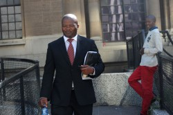 #TBT: Watch Holomisa call Zuma a liar, ask if he receives adequate Cabinet briefings
