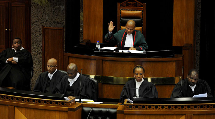 Chief Justice Mogoeng Mogoeng begins swearing in MPs on Wednesday, 21 May 2014 as South Africa's fifth Parliament convenes for the first time in Cape Town. Picture: GCIS/SAPA