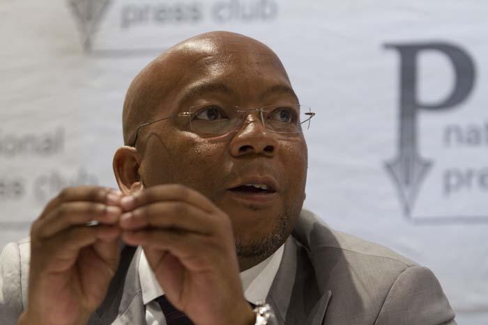 Mayor backs down after DA pressure