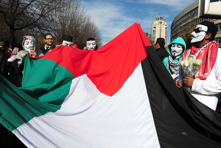 FILE PICTURE: A Palestine solidarity protest in Johannesburg. Picture: Tracy Lee Stark.