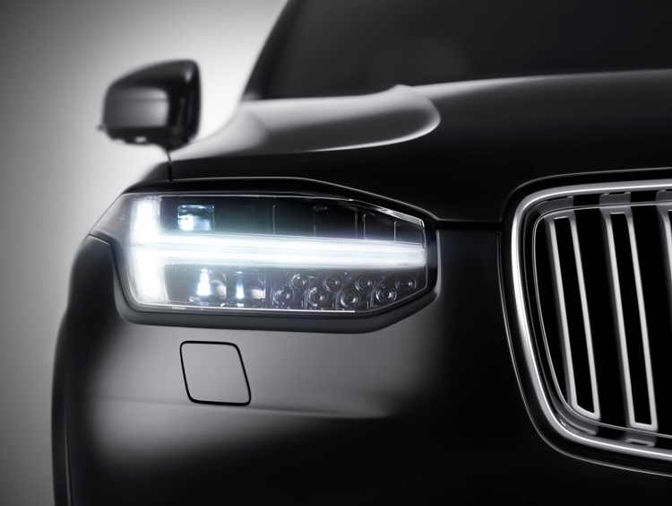 Volvo XC90, a new breed