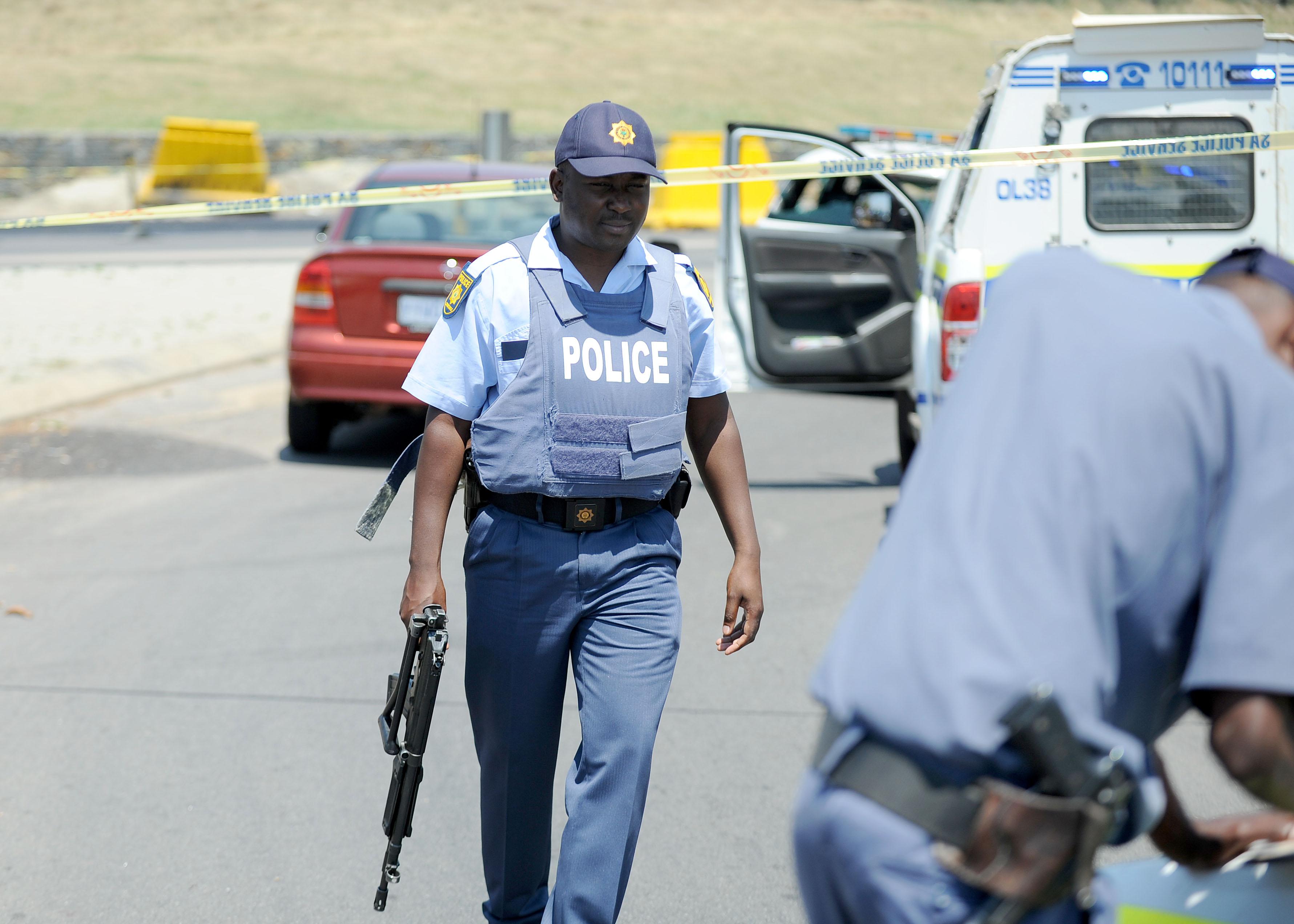 FILE PIC: SAPS at a crime scene. Picture: Refilwe Modise