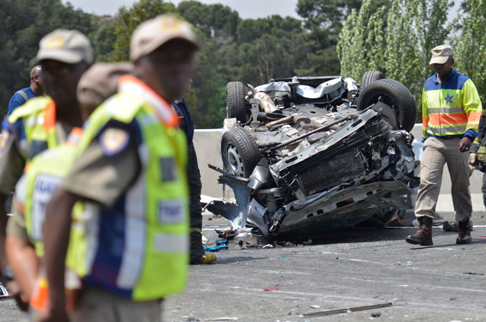 VIDEO: Horror N12 crash claims two lives – The Citizen