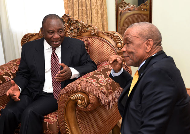 FILE PICTURE: Deputy President Cyril Ramaphosa meets with Prime Minister of Lesotho Thomas Thabane at the State House in Maseru in 2014. (Photo: DOC)