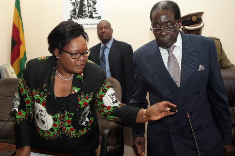 FILE PICTURE: Zimbabwe President Robert Mugabe and former vice-president Joice Mujuru. Picture: Supplied.