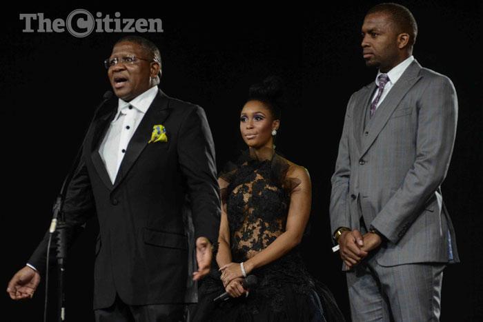 Mbalula, Cassper lust after Minnie Dlamini's hot bod