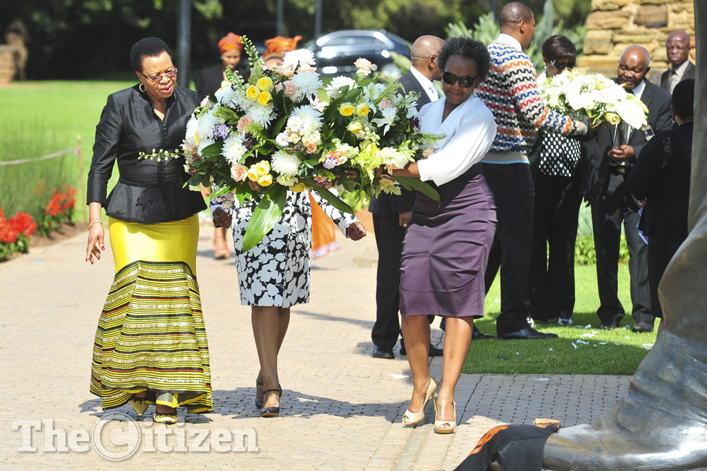 Graca Machel lays a wreath at the statue of Nelson Mandela at the Union Buildings in Pretoria on 5 December 2014 at the commemoration of the first anniversary of the death of  Madiba. Picture: Christine Vermooten