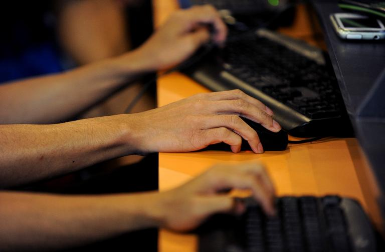 North West Hawks clamp down on 30 illegal gambling sites