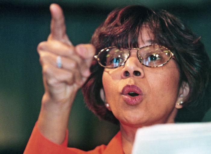 FILE PICTURE: Rhoda Kadalie, anti-apartheid activist, making a speech in Athlone.