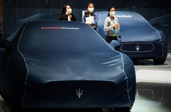 AFP / Johannes Eisele<br />Maserati cars pictured ahead of the 2015 Shanghai International Automobile Industry Exhibition