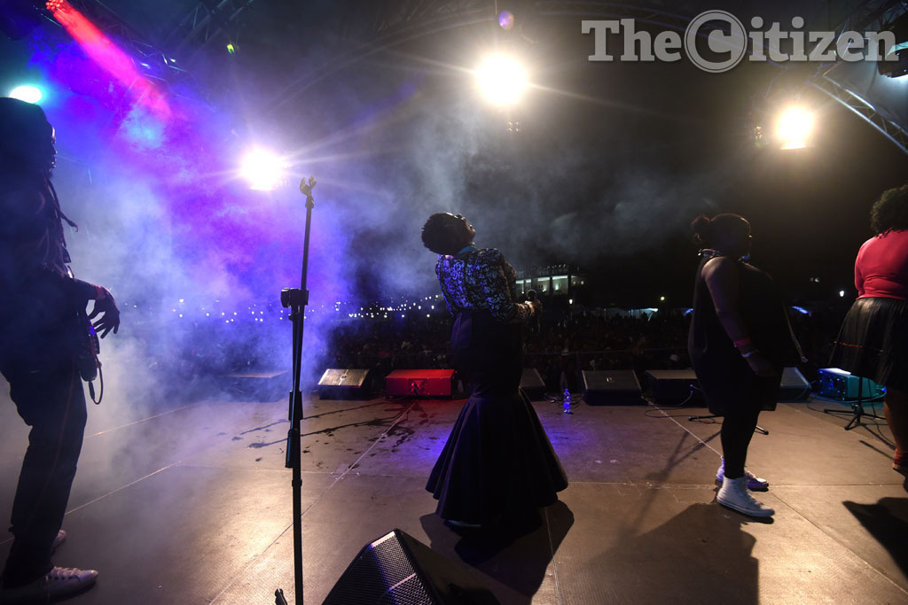 Thandiswa Mazwai and her band perform at the DSTV iRock Music Festival in Port Elizabeth, 04 April 2015. The event hosted some of South Africa's biggest acts including AKA, Thandiswa Mazwai, Beatenburg and many others. Picture: Refilwe Modise