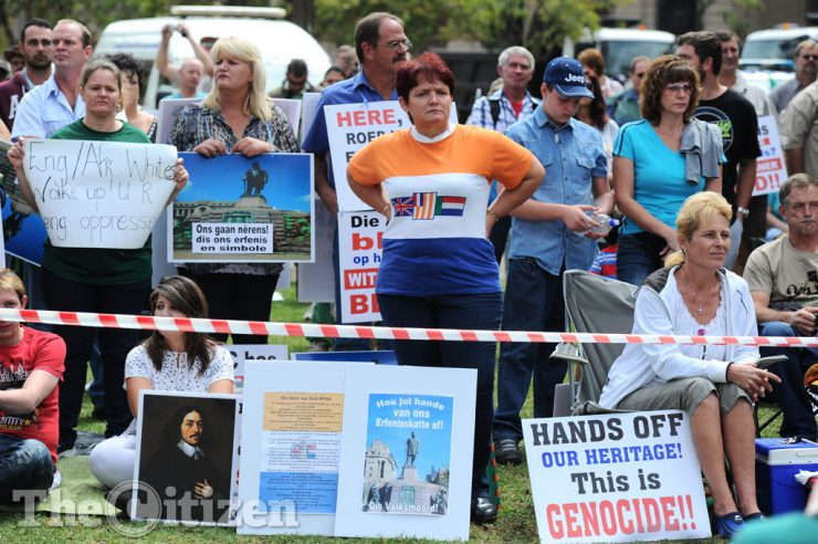 FILE PICTURE: Afrikaners gather at the Paul Kruger statue in Church Square, 8 April 2015, in Pretoria, after the statue was vandalised. Picture: Michel Bega
