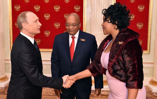 Russian Federation President Vladimir Putin welcomes President Jacob Zuma and his wife Tobeka Zuma on arrival to attend the 70th Anniversary of Victory in the Great Patriotic War celebrations. (Photo: GCIS)