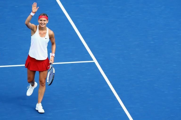 Safarova into New Haven final