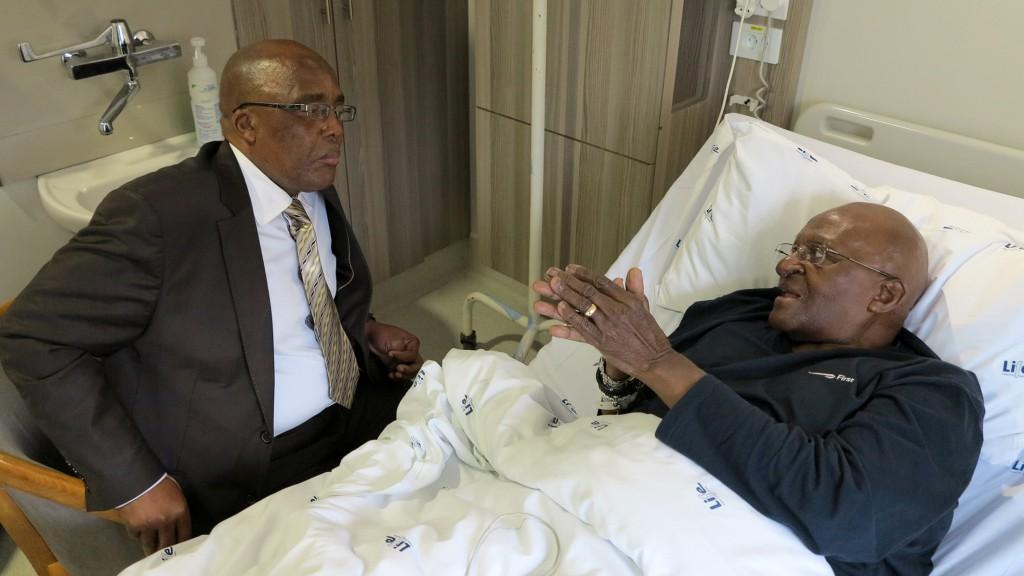 Archbishop Emeritus Desmond Tutu  meeting with Minister of Health, Aaron Motsoaledi | Picture Benny Gool