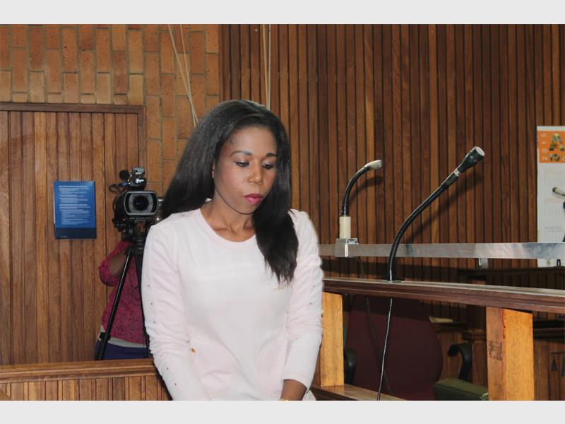 'Drug actress' abandons bail application