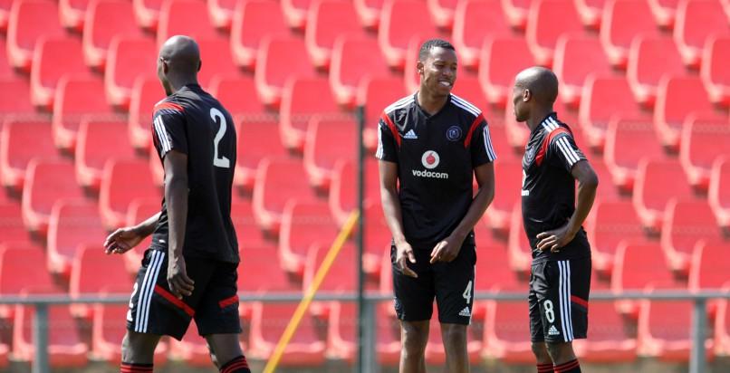 Happy Jele, Thabo Matlaba and Ayanda Gcaba of Orlando Pirates during training at Rand Stadium. (Sydney Mahlangu/BackpagePix)