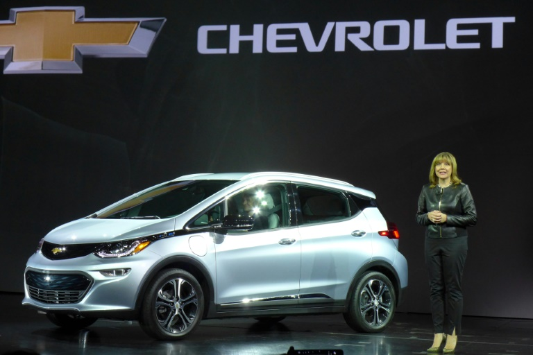 AFP / Sophie Estienne<br />General Motor's (GM) Chairman and CEO Mary Barra unveils the new Chevrolet Bolt at the CES 2016 Consumer Electronics Show in Las Vegas, Nevada