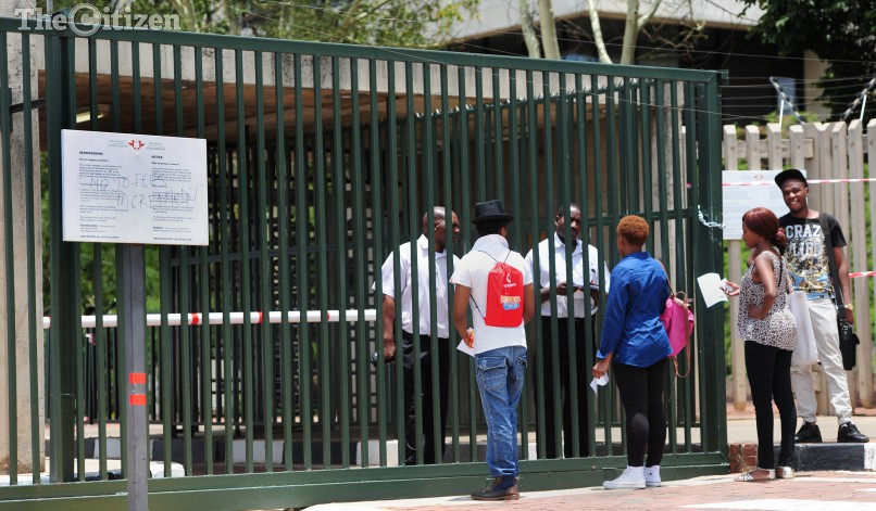 Students locked out at UJ kingsway Campus in Johannesburg, 11 January 2016., during the late registration. Picture: Nigel Sibanda