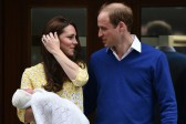 Man sets himself on fire near William and Kate palace in London