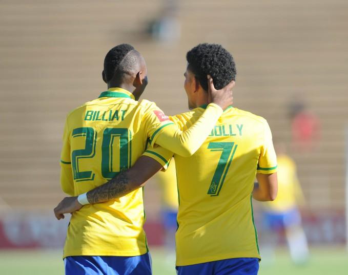Keagan Dolly (7) celebrates a goal with Khama Billiat (7)  (Sydney Mahlangu/ BackpagePix)