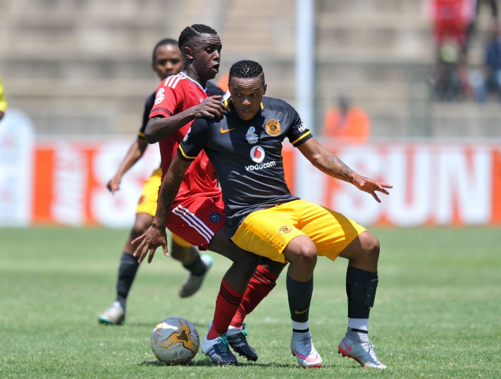 Edward Manqele of Kaizer Chiefs battles with Lehlohonolo Mtshali of Orlando Pirates during the Multichoice Diski Challenge 2015/16 match between Orlando Pirates and Kaizer Chiefs in Kingsmead Stadium (Muzi Ntombela/Backpagepix)