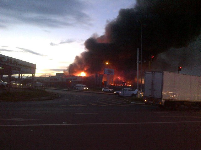 A photo of the scene tweeted by Jabulani Ndlovu ‏(@Khanda05).