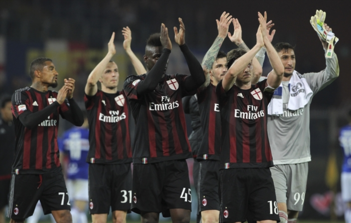 The players of the AC Milan. (Photo by Marco Luzzani/Getty Images)