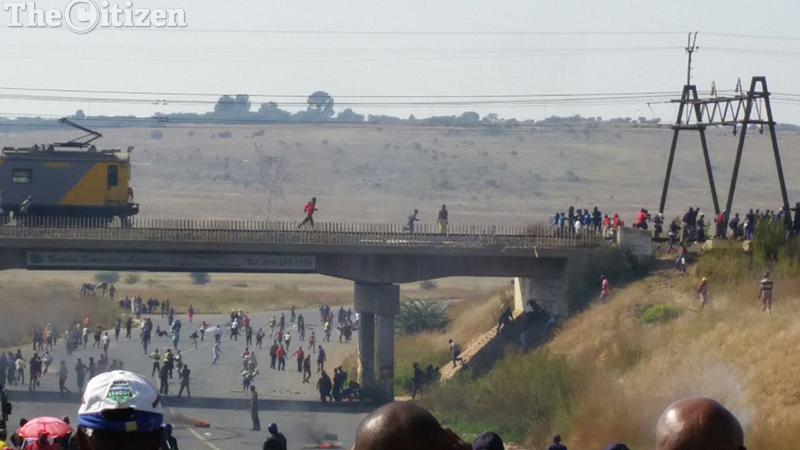 The situation in the troubled area of Boiketlong in Sebokeng, south of Johannesburg remained tense on Friday morning. Picture: Steven Tau